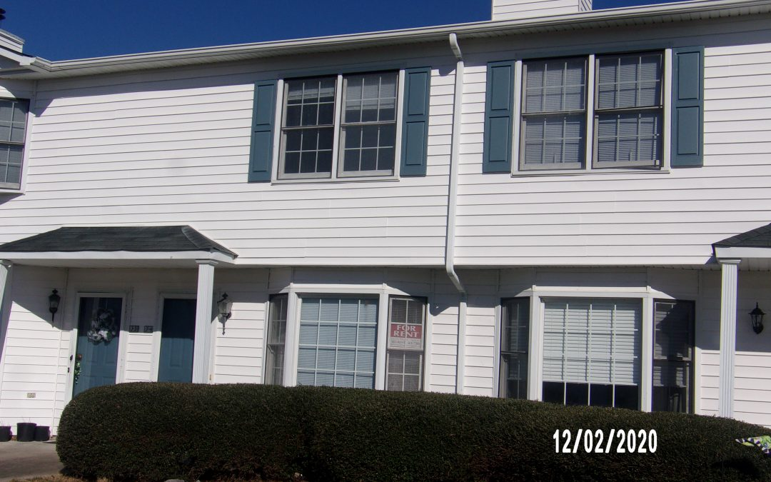 3818 Sterling Point   2 Bedrooms 1.5 Baths