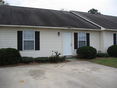 Elkin Ridge Duplex 3 bedrooms 2 baths         AVAILABLE OCTOBER  26TH